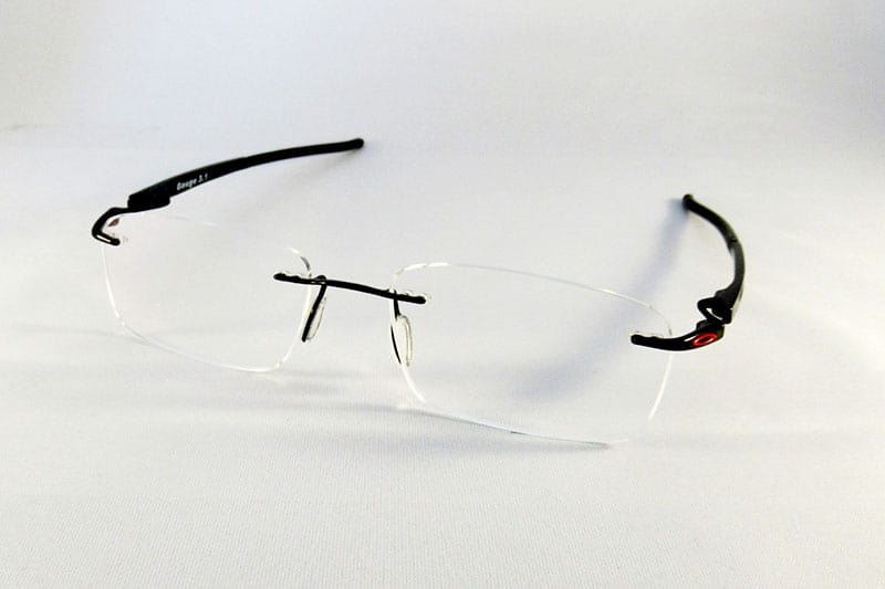 3b20cc0220 Single vision thin lenses into an Oakley rimless frame.