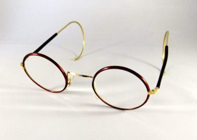 Freeform varifocals into a vintage AO round frame.